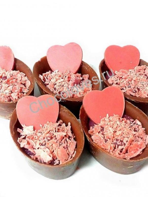 Конфеты ручной работы с сердцем