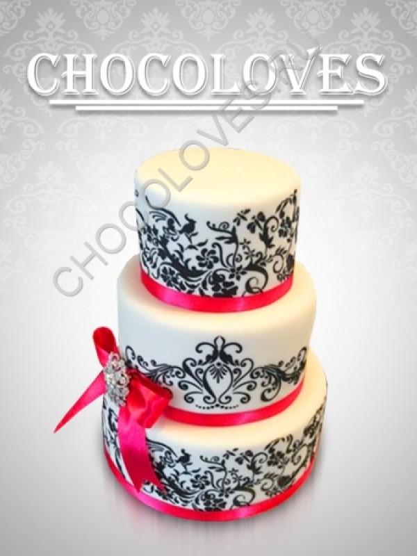 Свадебный торт с узорами