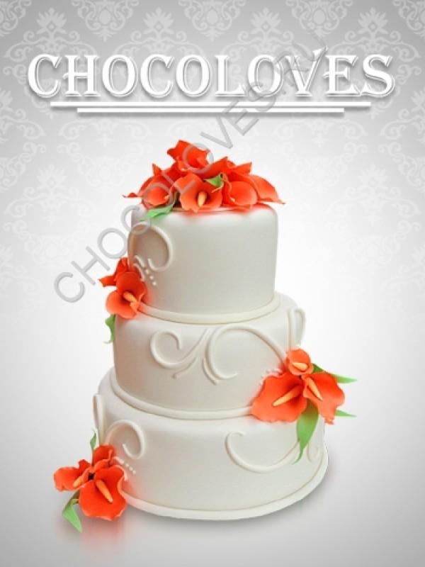Свадебный торт с розовыми калами