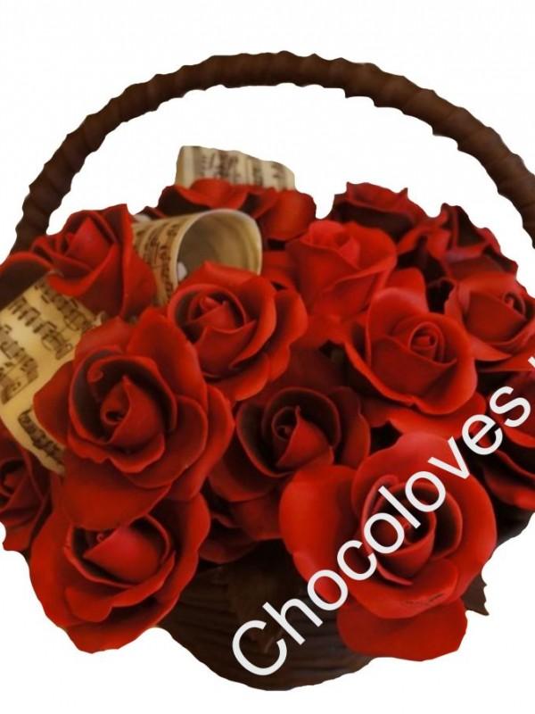 Шоколадный букет красных роз