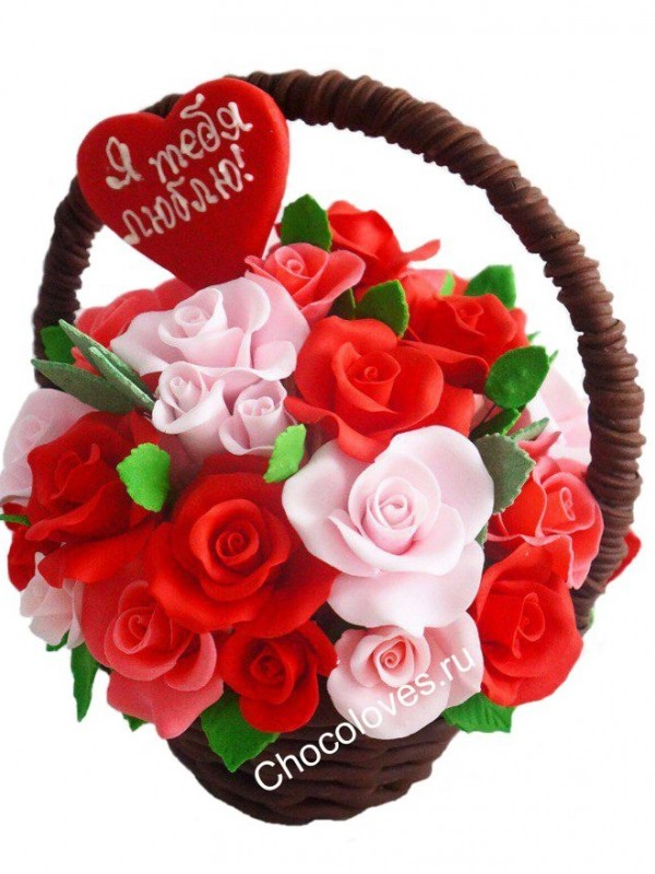 Шикарный шоколадный букет с сердцем