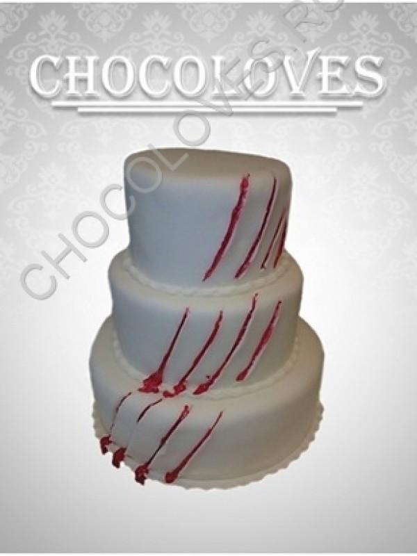 Свадебный торт с порезами