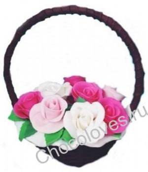 Нежный шоколадный букет роз