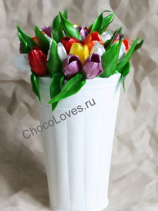 Авторский торт с карамельными тюльпанами
